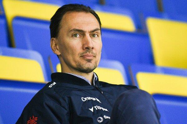 Generálny manažér slovenskej hokejovej reprezentácie Miroslav Šatan počas tréningu slovenskej hokejovej reprezentácie.