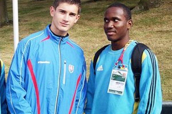 Slovenský reprezentant Tomáš Veszelka (vľavo).