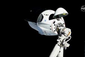 SpaceX stále nemá prístup k udalosti kvôlinepretržitej kontaminácii toxickým palivom.