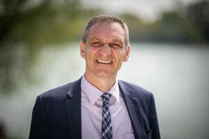Didier Rogasik, tlačový atašé francúzskeho veľvyslanectva.