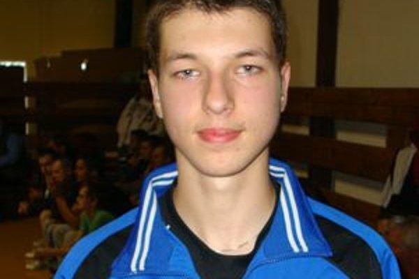 Ingemar Péter si cení víťazstvo, ktoré dosiahol dosiahol nad Vlačuškom.
