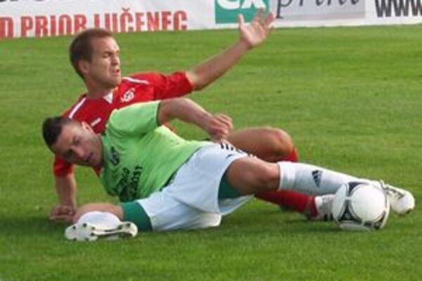 Futbalisti Ružinej potešili svojich fanúšikov. V stretnutí so Sencom naplno bodovali.