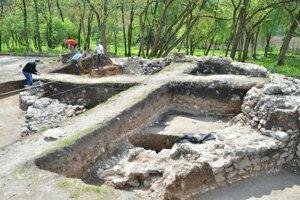 Objavená stavba je výnimočná svojím neobvyklým pôdorysom.