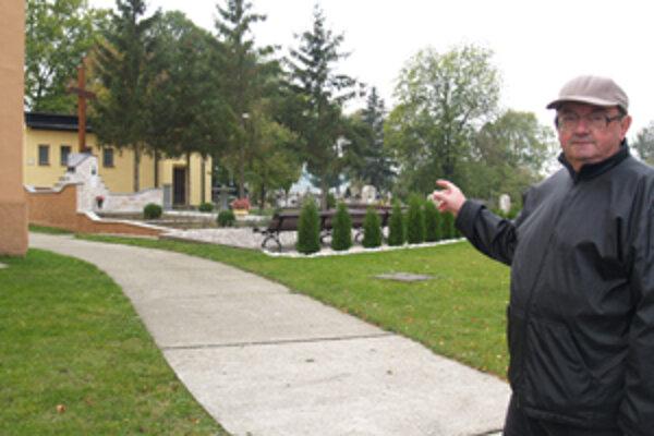 Cintoríny sú pred Sviatkom všetkých svätých viac v centre pozornosti.