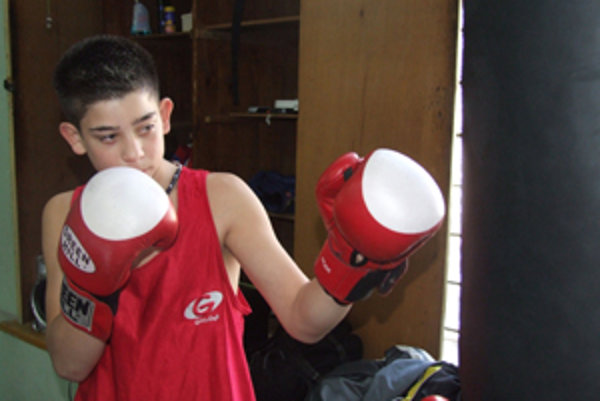 Róbert Rácz úspešne reprezentoval Box club IMPOCOMEX.