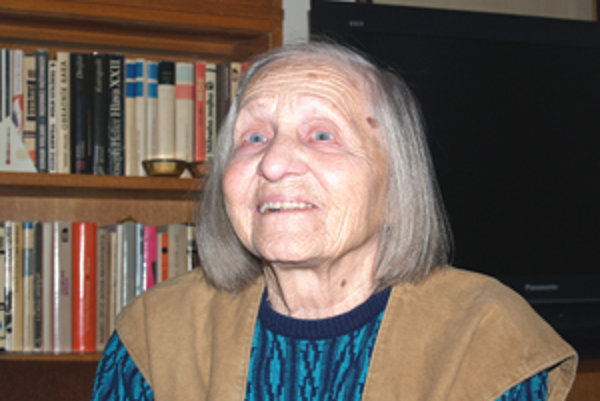Zlata Petrivaldská je najstaršou príbuznou spisovateľky Boženy Slančíkovej Timravy.