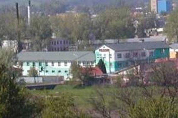 Firma Feldsam s.r.o., so sídlom v Lučenci sa snažila o reštrukturalizáciu, súd však dal 25. januára návrh na vyhlásenie konkurzu.