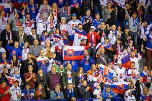 Radosť fanúšikov v zápase Nemecko - Slovensko na MS v hokeji 2019.
