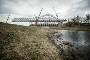 Súčasťou projektu D4/R7 je aj most cez Dunaj.