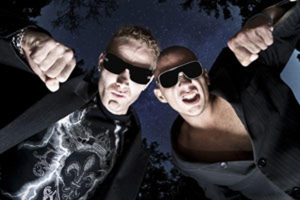Karol Melich, alias DJ Shamell, je na nové CD-čko hrdý. Podobne ako ostatní členovia skupiny Igor a Matej.