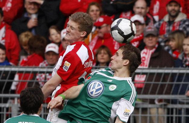 Peter Pekarík v drese Wolfsburgu.