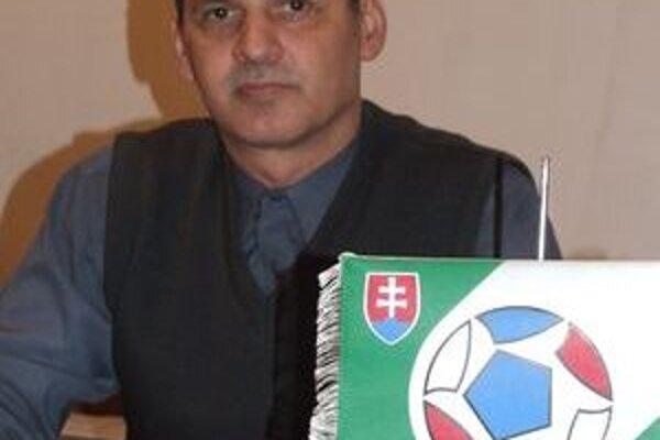 Predsedu Oblastného futbalového zväzu v Lučenci Štefana Pastoreka sklamal brutálny incident, ktorý sa odohral v Biskupiciach.