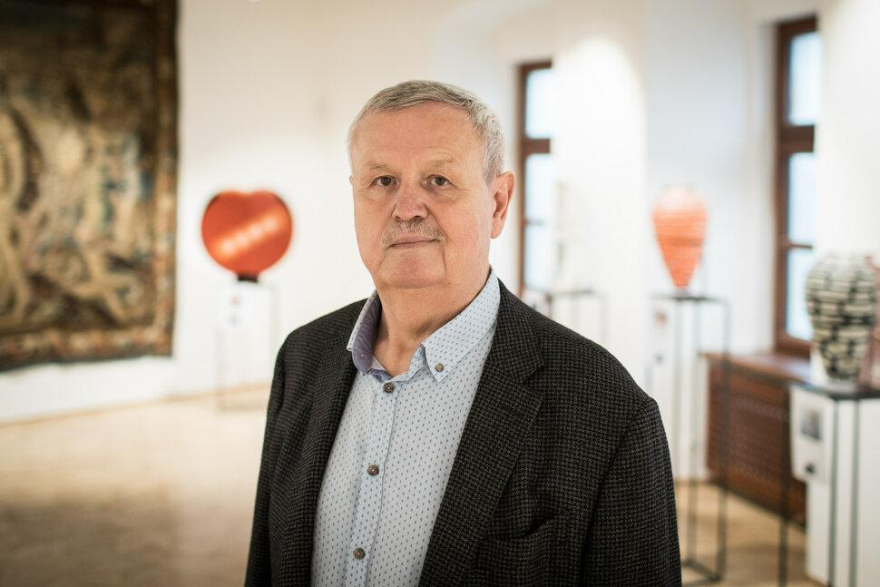 2005ef931 ROZHOVOR: Štefan Šimák, bývalý spolumajiteľ Plusky - SME
