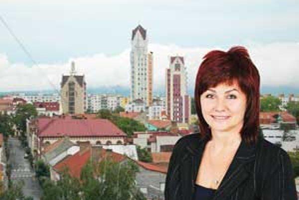 Do primátorského kresla v Lučenci si zasadne na najbližšie tyri roky šarmantná Alexandra Pivková.