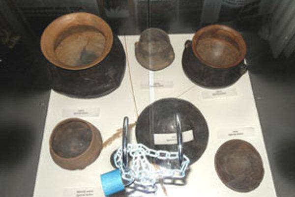 Malé múzeum nálezov sa nachádza aj na obecnom úrade v Cinobani.