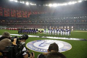 Nástup mužstiev pred začiatkom finále.