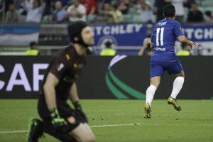 Pedro oslavuje gól na 2:0 pre Chelsea.