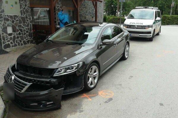 Auto zastavila až nehoda.