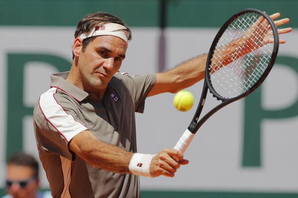 Roger Federer na Roland Garros.