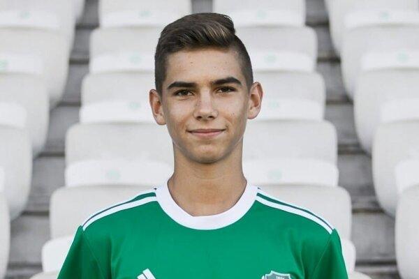 Alex Lacza v drese svojho súčasného klubu ETO Győr