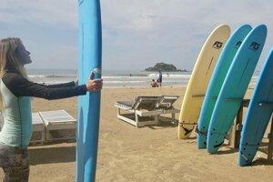 Weligama je ideálne miesto na surfovanie pre začiatočníkov.