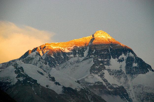 Mt. Everest z tibetskej strany.