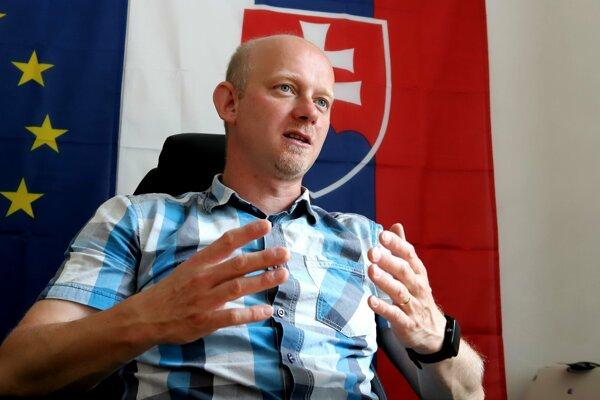 Starosta Matúš Vajs sa chce po neúspešnom referende sústrediť na rozvojové programy pre obec.