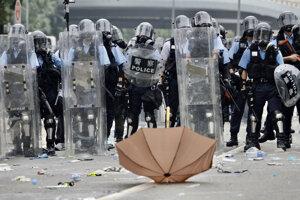 Hongkong zažíva novú revolúciu.