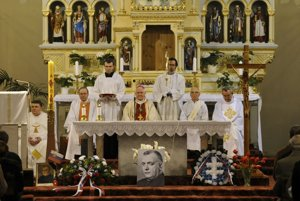 Arcibiskup Ján Sokol slúžil v minulosti vBratislave zádušnú omšu za Jozefa Tisa.