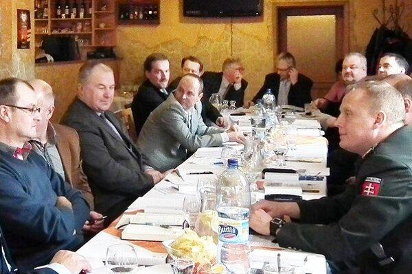 Hornooravskí starostovia rokovali vo Vitanovej.