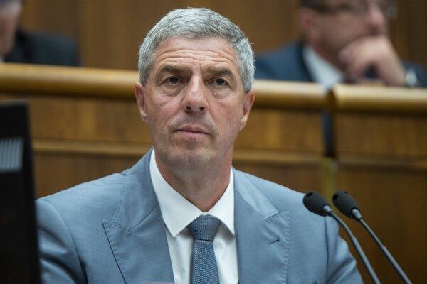 Predseda strany Most-Híd Béla Bugár.