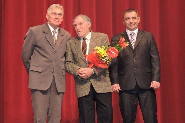 V Trstenej nezabudli ani na ľudí, ktorí majú veľkú zásluhu na rozvoji športu v meste.