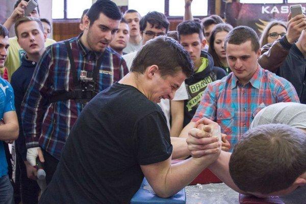 Do Spojenej školy v Tvrdošíne si prišlo zmerať sily 220 študentov.