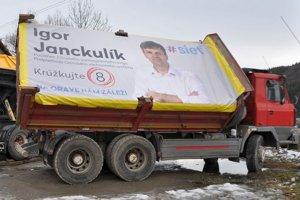 Igor Janckulík zvolil aj takúto netradičnú volebnú kampaň.