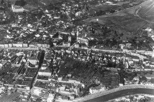 Banská Bystrica z výšky - rok 1927.
