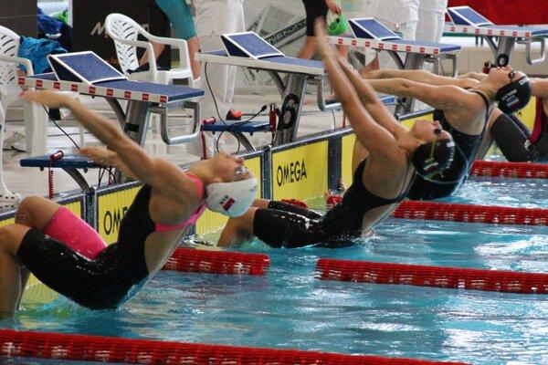 Momentka z plaveckého mítingu Banská Bystrica Cup 2016.