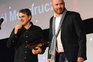 Laureát ceny Zlatá kamera Kórnel Mundruczó s režisérom Mátyásom Priklerom.