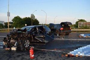 Vážna nehoda v Lučenci - dvaja mŕtvi.