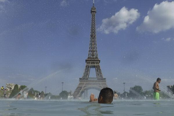 Francúzsko trápia horúčavy.