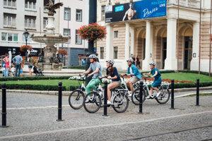 Elektrické bicykle sú ideélne na spoznávanie mesta.