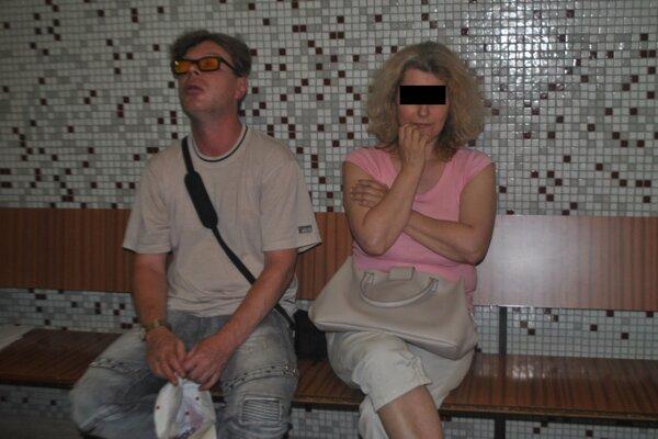 František a Iveta na krajskom súde. Do budovy súdov sa ešte vrátia, sú v rozvodovom konaní.