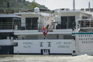 Švajčiarska výletná loď Viking Sigyn, ktorá sa 19. mája zrazila v Budapešti s maďarskou vyhliadkovou loďou Hableány.