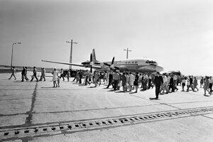 Počas socializmu sa dalo aj lietať. Zájazdy do Rumunska či Bulharska boli typické.