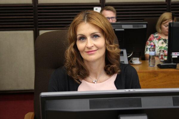 Ministerka zdravotníctva Slovenskej Republiky Andrea Kalavská počas rokovania 164. schôdze vlády SR. Bratislava, 3. júl 2019.