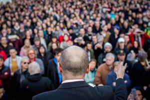 Protest proti novej vláde v Bratislave.