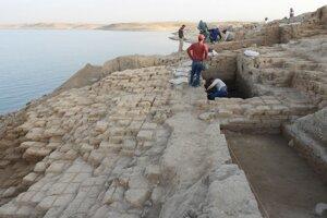 Vek paláca odhadli na 3400 rokov.
