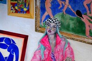 Jeden z obrazov, ktorý bude súťažiť o titul Maľba 2019, namaľovala Paulína Halasová