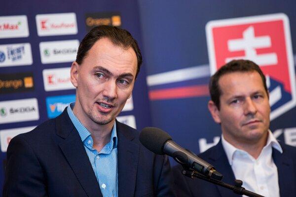 Prezident Slovenského zväzu ľadového hokeja Miroslav Šatan a člen výkonného výboru Martin Kohút.