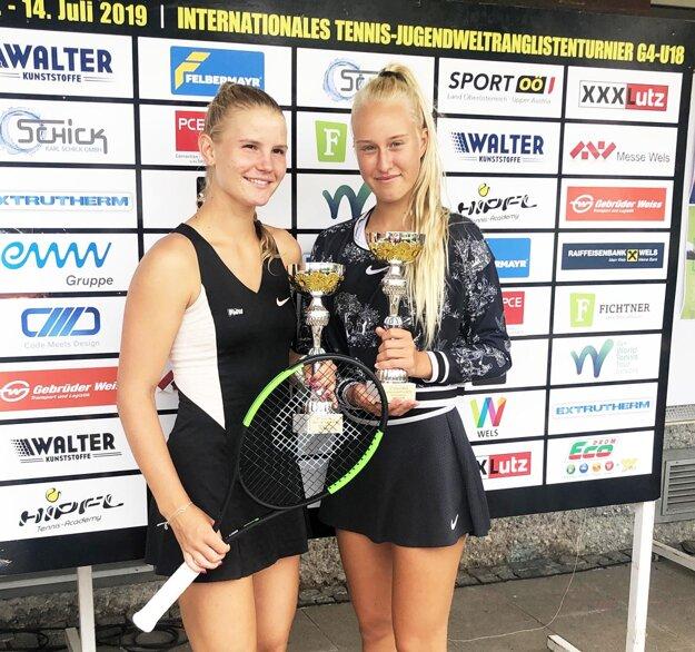 Štvorhru vyhrala Behúlová spolu s Rakúšankou Annou Gross.