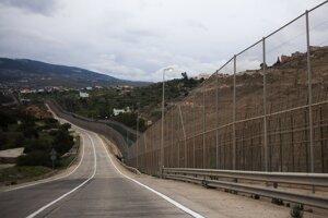 Hranica medzi Marokom a španielskou enklávou Melilla.